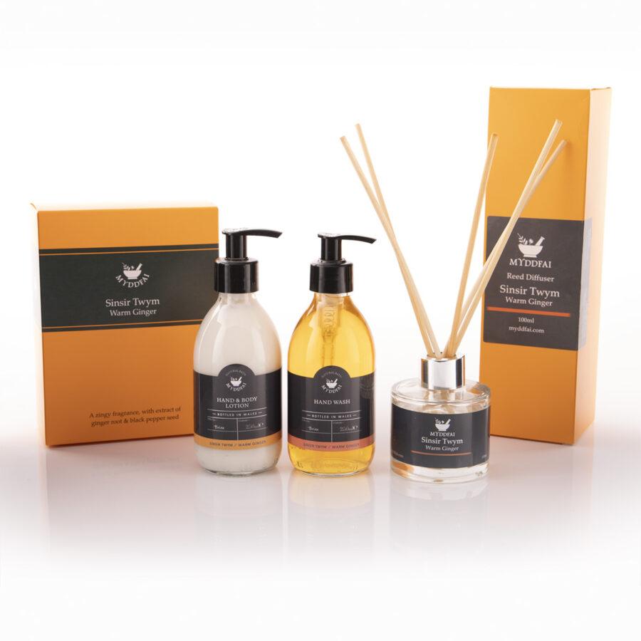Sinsir twym room fragrance and hand care set